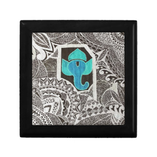 Ganesh - intricate white small square gift box