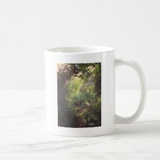 Garden Paradise Basic White Mug