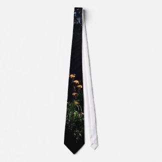 Garden Rays Tie