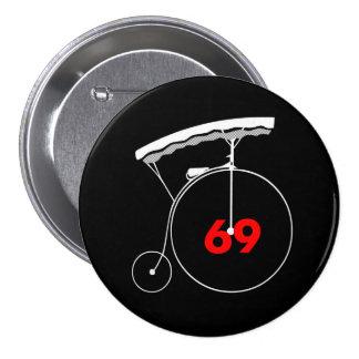 Gardener 69 7.5 cm round badge