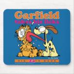 Garfield Takes His Licks Mousepad