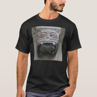Gargoyle cat-and-mouse shirt