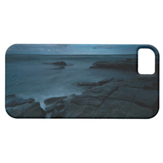 Garie Beach in the Royal National Park iPhone 5 Cover