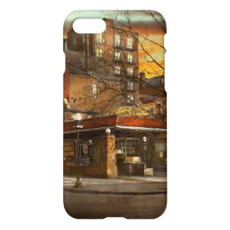 Gas Station - At the end of a day 1925 iPhone 7 Case