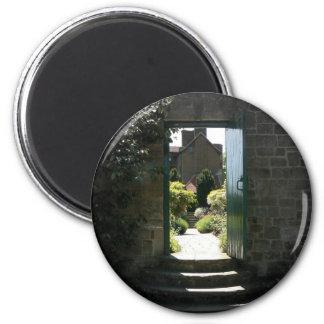 Gate 6 Cm Round Magnet