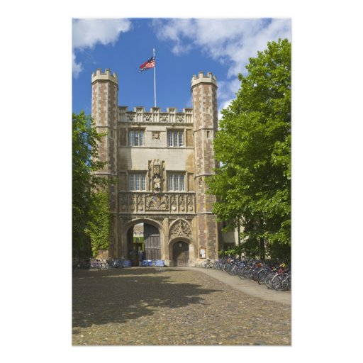 Gate to Trinity College and rows of bicycles, Photograph