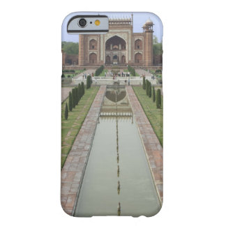 Gateway to Taj Mahal, India Barely There iPhone 6 Case