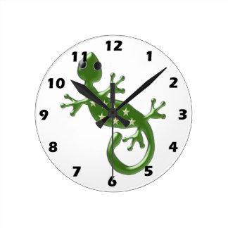 Gecko Lizard Round Clock