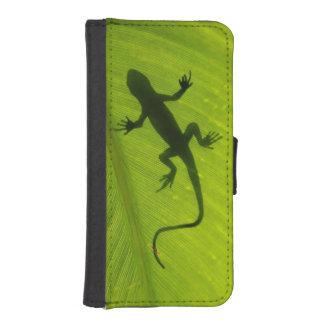 Gecko Silhouette iPhone SE/5/5s Wallet Case