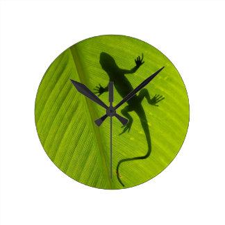 Gecko Silhouette Round Clock