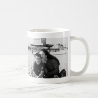 gee classic white coffee mug