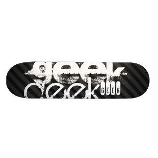 Geek; Black & Dark Gray Stripes 20 Cm Skateboard Deck