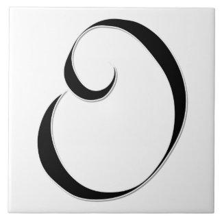 Geessele Letter O in Black Monogram Tile