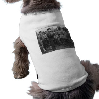 General Dwight D. Eisenhower with Paratroopers Sleeveless Dog Shirt