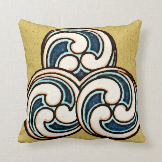 Geometric Chinese Japanese Circle Design Pillow
