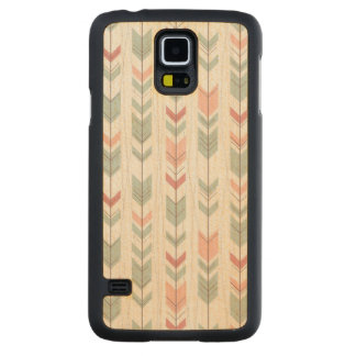Geometric pattern in retro style carved maple galaxy s5 case