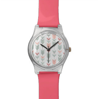 Geometric pattern in retro style watch