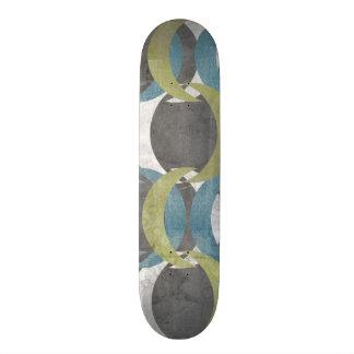 Geometric Repeat I Skateboard