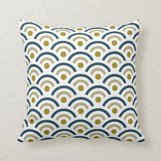 Geometric Retro Semi-circles 8 Throw Pillow