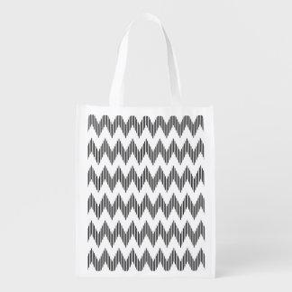 Geometric zigzag pattern 2