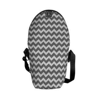 Geometric zigzag pattern messenger bag