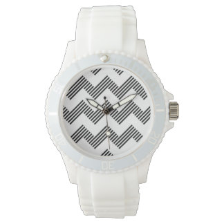 Geometric zigzag pattern watch