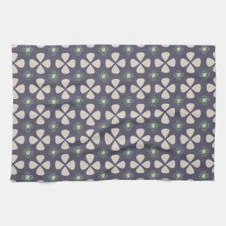 Geometrical lucky clovers pattern kitchen towel