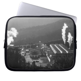 Geothermal instalations laptop sleeves