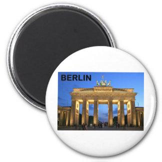 Germany Berlin Brandenburger Tor abends 6 Cm Round Magnet