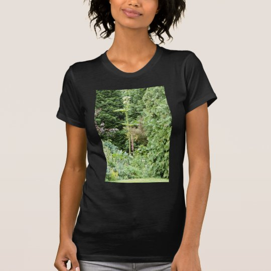 Giant Hogweed flowers T-Shirt