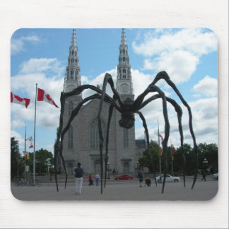 Giant spider sculpture Quebec Mouse Mat