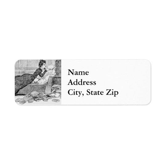 Gibson Girl Reading Return Address Label