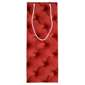 Gift bag with red capitone
