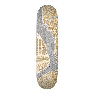 Gilded City Map Of New York 21.6 Cm Skateboard Deck