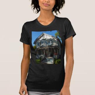 Gingerbread house 11 T-Shirt