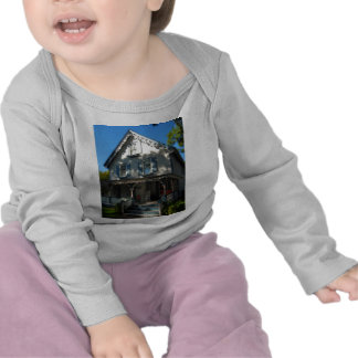 Gingerbread house 11 t shirts