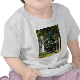 Gingerbread house 12 t shirts