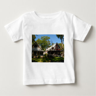 Gingerbread house 17 t shirts