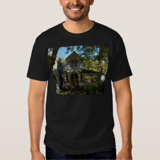 Gingerbread house 21 t-shirts