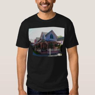 Gingerbread house 23 tee shirt