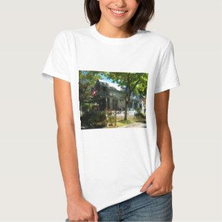 Gingerbread house 27 tee shirt