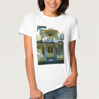 Gingerbread house 31 shirt