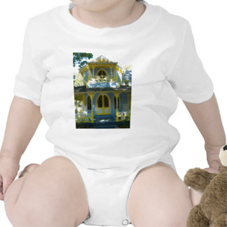 Gingerbread house 31 t-shirts
