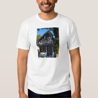 Gingerbread house 32 t-shirts
