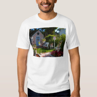 Gingerbread house 33 t-shirts