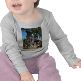 Gingerbread house 6 t shirts