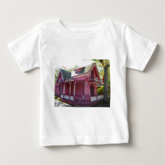 Gingerbread house 7 tshirts