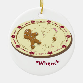 Gingerbread Man Survives! Round Ceramic Decoration