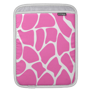 Giraffe Print Pattern in Bright Pink. iPad Sleeve
