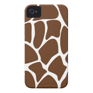 Giraffe Print Pattern in Dark Brown. Case-Mate iPhone 4 Case